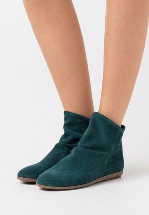 Kotníkové boty - verde