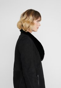 VSP - CLASSIC ZIPPER - Classic coat - merino black - 4