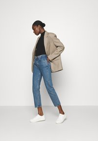 ARKET - Straight leg jeans - mid blue - 1