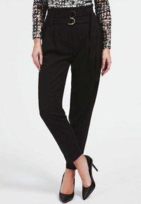Guess - Trousers - noir - 0