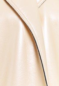 N°21 - METALLIC COAT - Classic coat - beige - 2