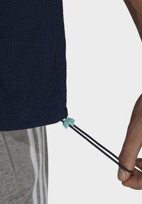 adidas Originals - Windbreaker - blue - 4