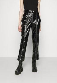 NA-KD - CONTRAST SEAM PANTS - Trousers - black - 0