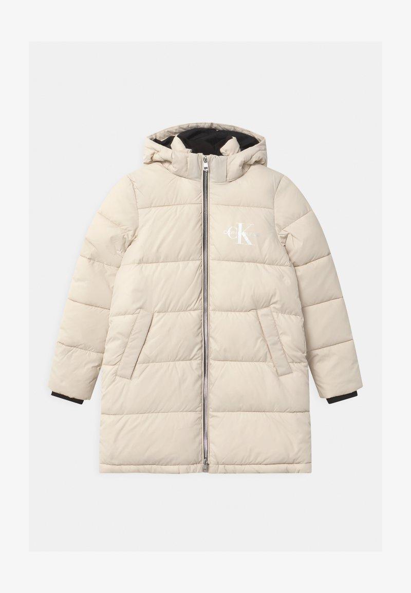 Calvin Klein Jeans - ESSENTIAL PUFFER - Zimní kabát - white