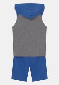 Nike Sportswear - NIGHT GAMES MUSCLE SET - Top - game royal - 1