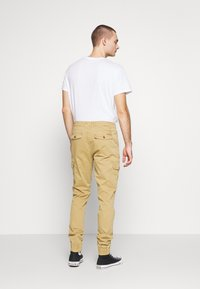 Blend - Cargo trousers - sand brown - 2