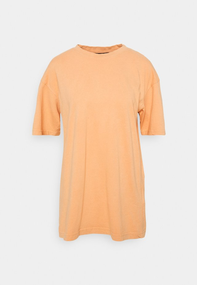 WASHED OVERSIZE TEE - Basic T-shirt - orange