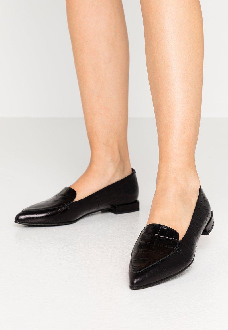 Copenhagen Shoes - SUCCES  - Instappers - black