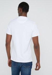 Barbour International - COMP TEE - T-shirt print - white - 2