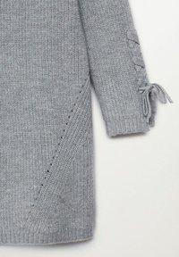Mango - LOUISE - Pletené šaty - mediumgrijs - 2