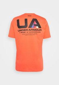 Under Armour - LOCKERTAG  - Camiseta estampada - red - 5
