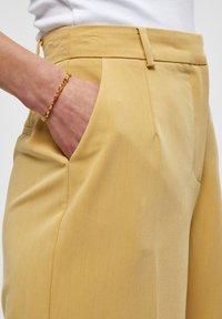 Desires - DINA  - Shorts - prairie sand - 3
