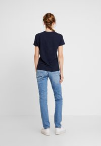 Tommy Hilfiger - NEW LUCY - T-shirt imprimé - blue - 2