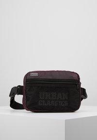 Urban Classics - CHEST BAG - Bum bag - redwine - 0