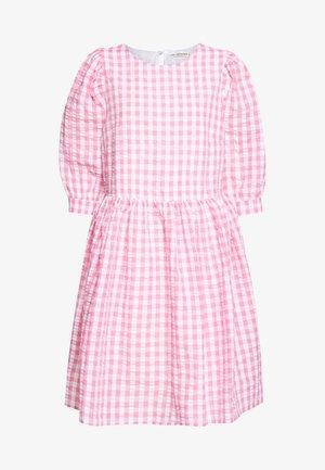 GINA DRESS - Freizeitkleid - pink