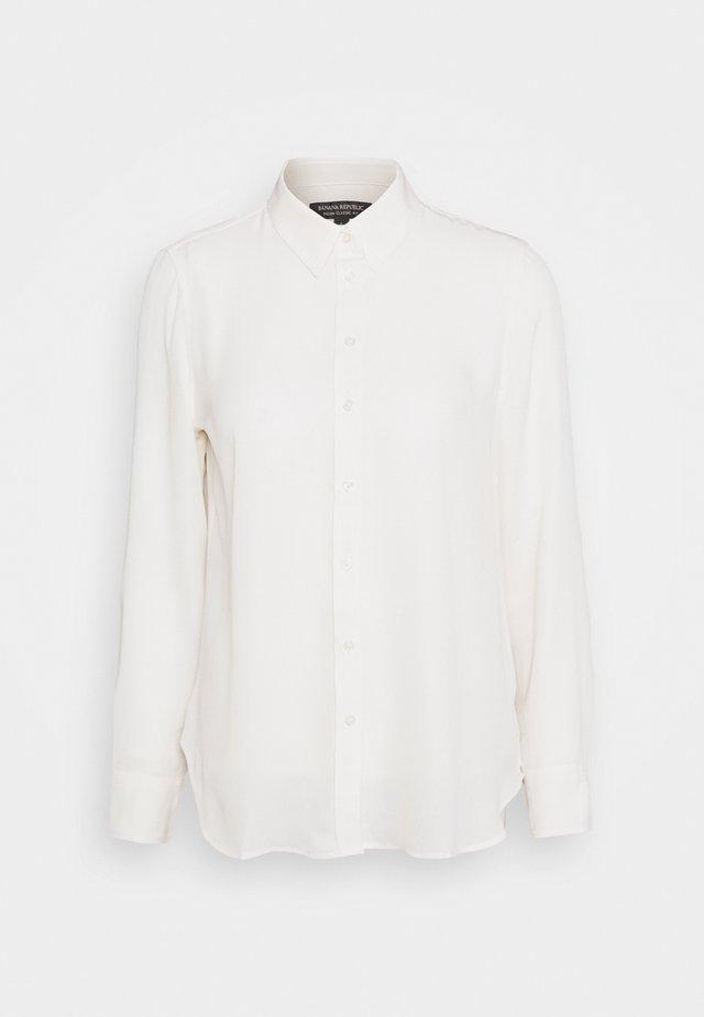 DILLON CLASSIC - Button-down blouse - snow day