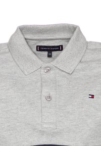 Tommy Hilfiger - COLORBLOCK FLAG - Polo shirt - grey - 2