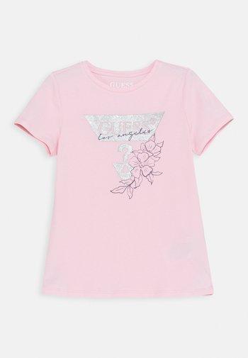 JUNIOR - Camiseta estampada - alabaster pink