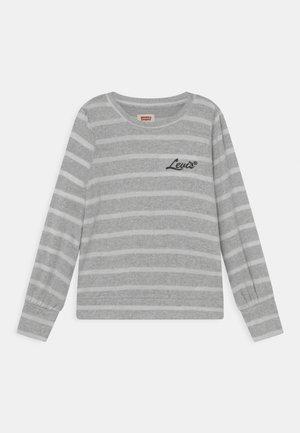 FULL - Strikkegenser - light gray heather