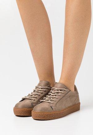 SOLE - Tenisky - beige