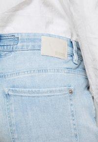 DRYKORN - LIKE - Straight leg jeans - blau - 4