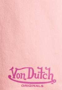 Von Dutch - RILEY - Shorts - peaches cream - 6