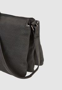 SURI FREY - ROMY BASIC - Across body bag - black - 6