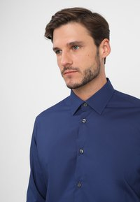 Esprit Collection - SLIM FIT - Formal shirt - navy - 3