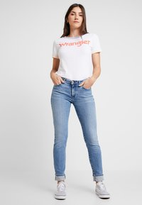 Wrangler - Slim fit jeans - ash cloud - 1