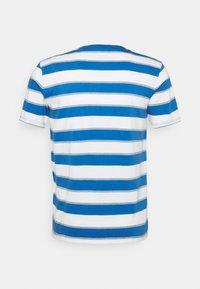 Levi's® - ORIGINAL TEE - T-shirt - bas - blue/white - 1