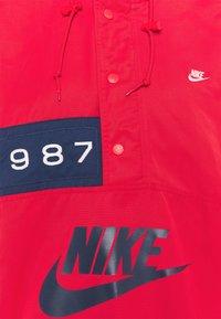 Nike Sportswear - REISSUE WALLIWAW  - Vindjacka - university red - 6