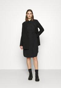 Calvin Klein - TIE CUFF SHIRT DRESS - Denní šaty - black - 1