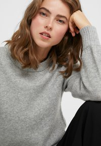 J.CREW - SUPERSOFT CREW OUT EXCLUSIVE - Jumper - heather grey - 3