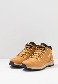 Timberland - SPRINT TREKKER MID - Bottines à lacets - wheat - 2