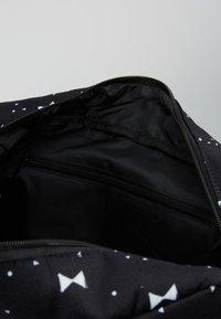 Kidzroom - DIAPERBAG - Taška na přebalování - black - 4