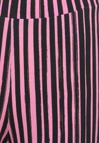 Stieglitz - Trousers - pink/black - 2