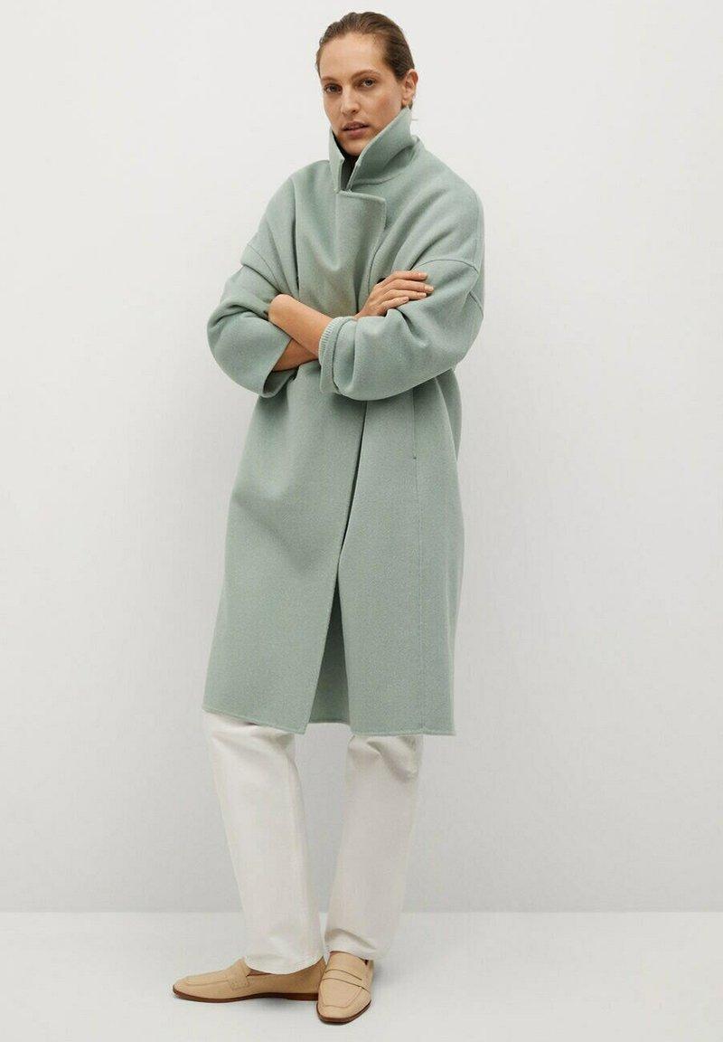 Mango - PICAROL - Klasyczny płaszcz - vert menthe