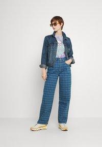 BDG Urban Outfitters - ARGYLE MODERN BOYFRIEND  - Jeans straight leg - light vintage - 1