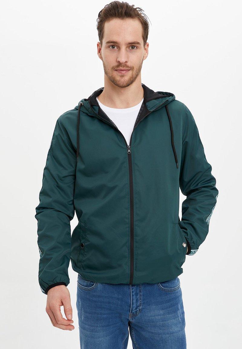 DeFacto - Light jacket - green