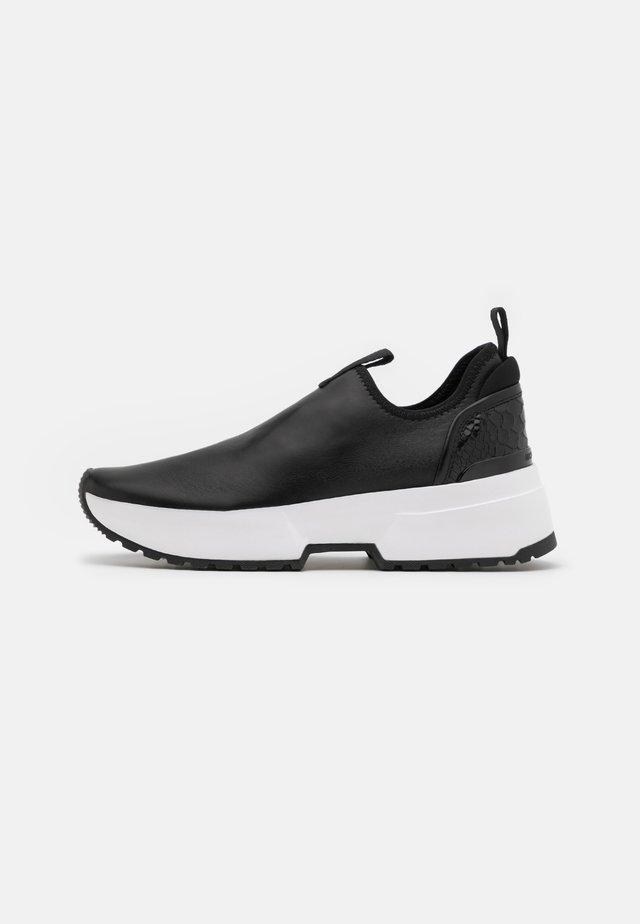 COSMO STRETCH SLIP ON - Zapatillas - black