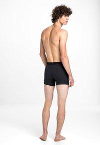 Levi's® - MEN PREMIUM BOXER BRIEF 3PACK - Panties - black - 2