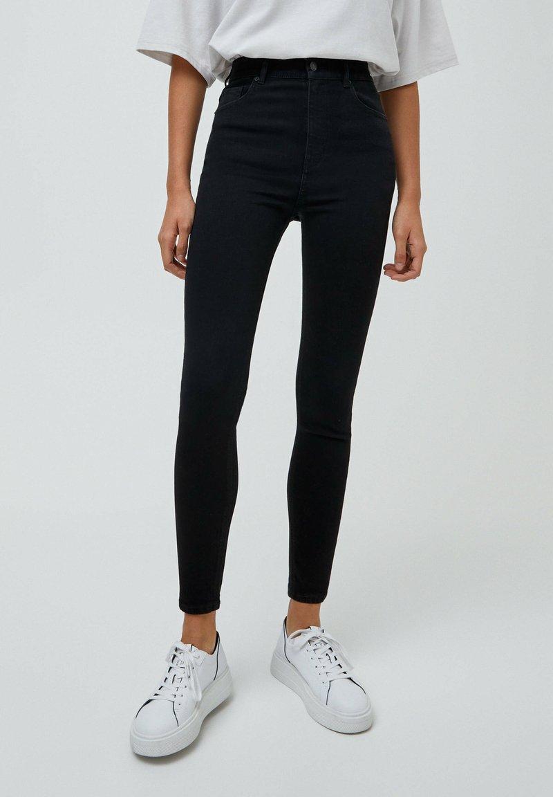PULL&BEAR - MIT HOHEM BUND - Jeans Skinny Fit - mottled black