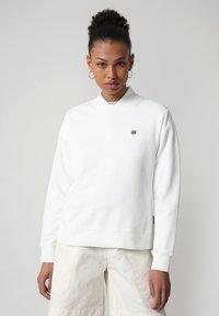 Napapijri - BALIS - Sweatshirt - bright white - 0