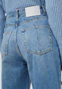 PULL&BEAR - Jeans Straight Leg - mottled blue - 6