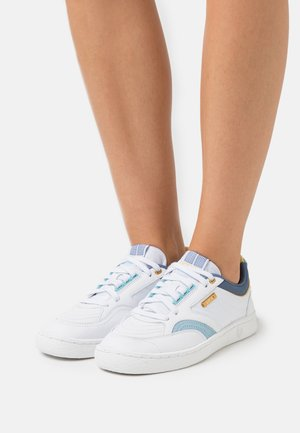 AMBASSADOR ELITE - Sneakers laag - white/sky blue
