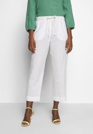 ALMARLEA PANTS - Pantalones - brilliant white
