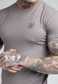 SIKSILK - FINE GYM TEE - Basic T-shirt - grey - 4