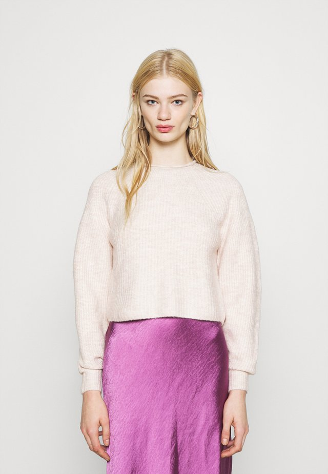 ROLL CROP PINK - Pullover - neutral
