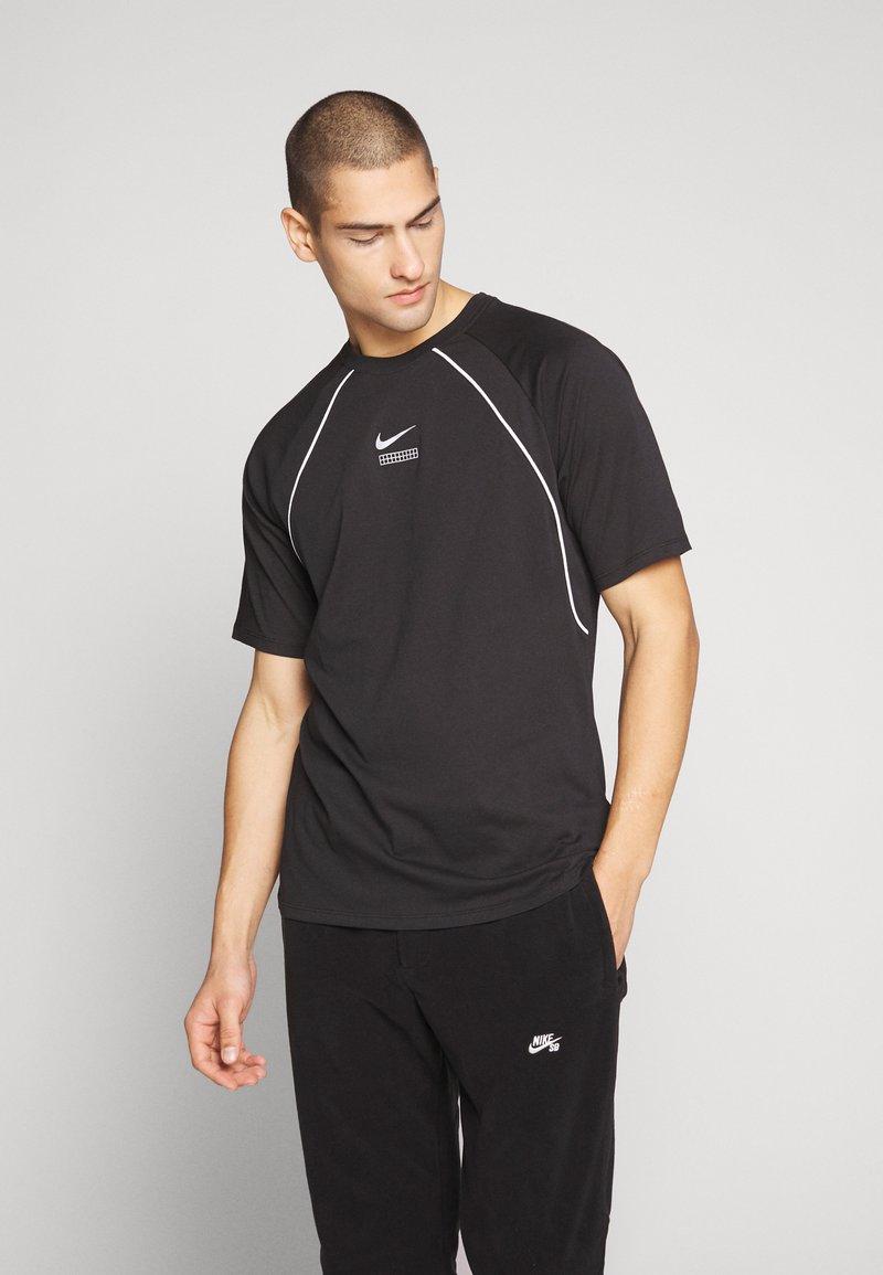 Nike Sportswear - DNA - Camiseta estampada - black