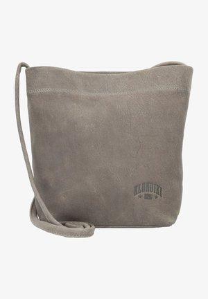 BROOKE - Across body bag - grau